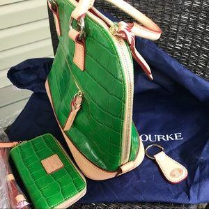 Dooney & Bourke Bags - Dooney & Bourke Green Dome tote w/ wallet